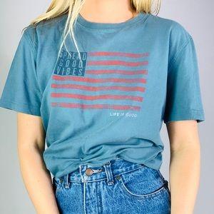 Life is Good spread good vibes flag Tee Shirt M